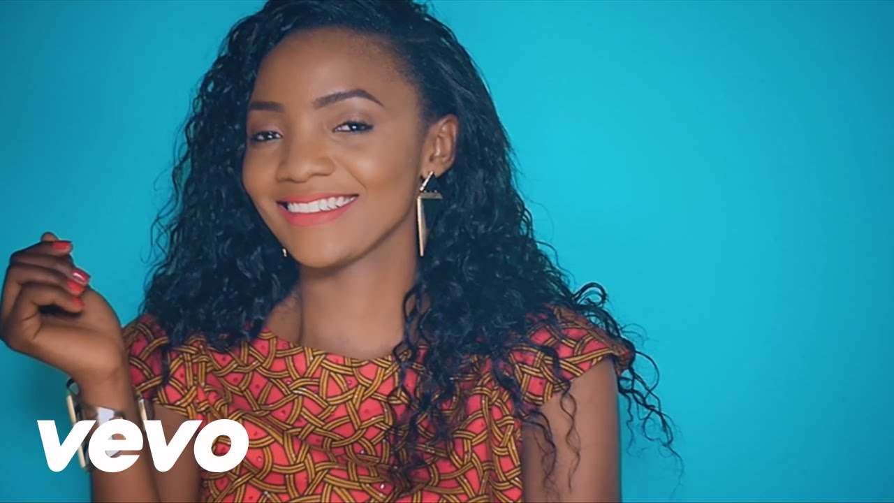 """Photo of Interview: Simi Speaks on Adekunle Gold & Falz """"Love Triangle"""" + Switching From Gospel Music & More"""