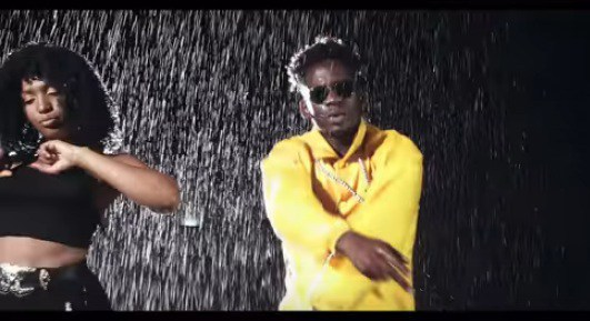 Photo of VIDEO: Becca Ft. Mr Eazi – Number One