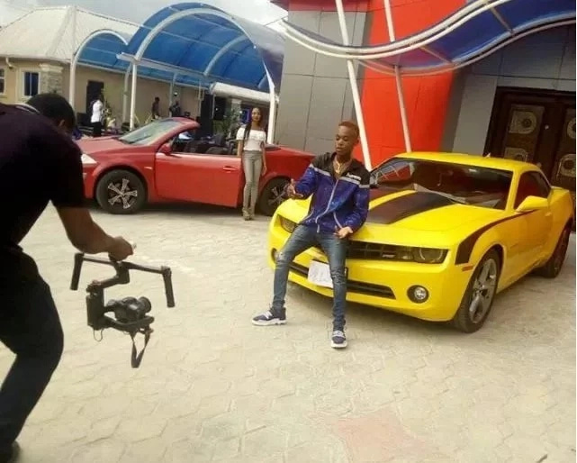 Photo of Young millionaire buys N30M car and shows it off