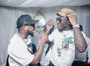 Photo of Davido Dances To Burna Boy's Song Amidst 'Beef' Rumors